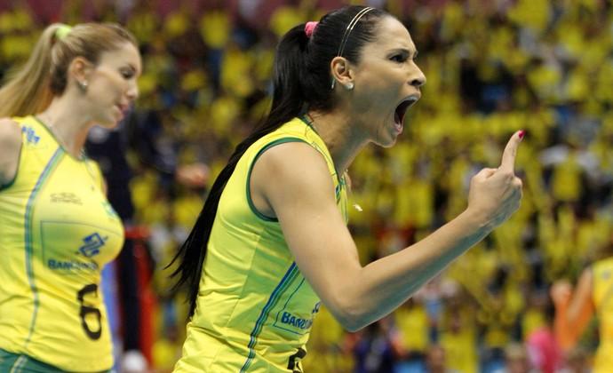 Jaqueline vôlei Brasil x Coreia do Sul (Foto: FIVB)