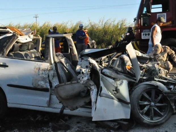 Acidente entre Toledo e Marechal Cândido Rondon (Foto: Cristine Kempp/Aqui Agora Net)
