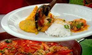 Aprenda a fazer o prato típico moqueca de camarão