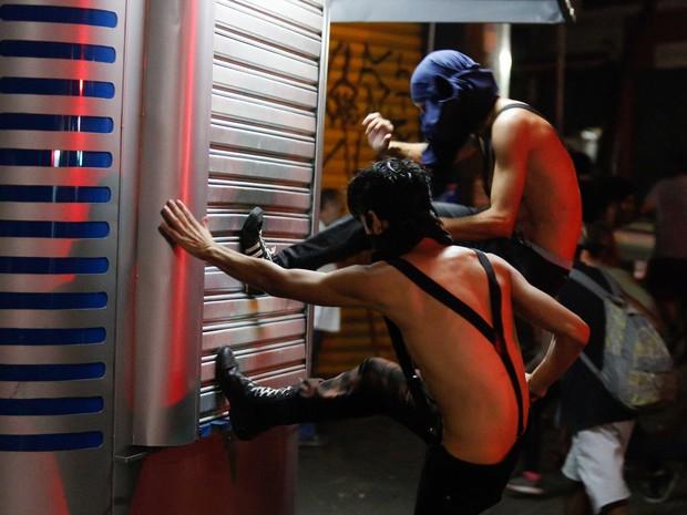 SP protesto Centro confusão (Foto: Anderson Gores/Alpha/Estadão Conteúdo)