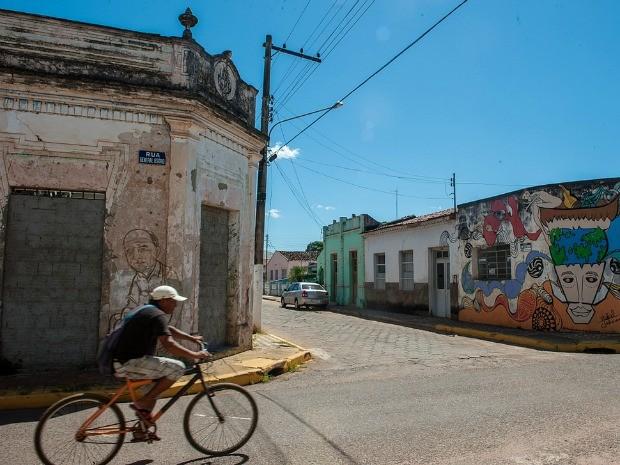 Rua no centro de Cáceres (Foto: Maria Anffe / GCom-MT)