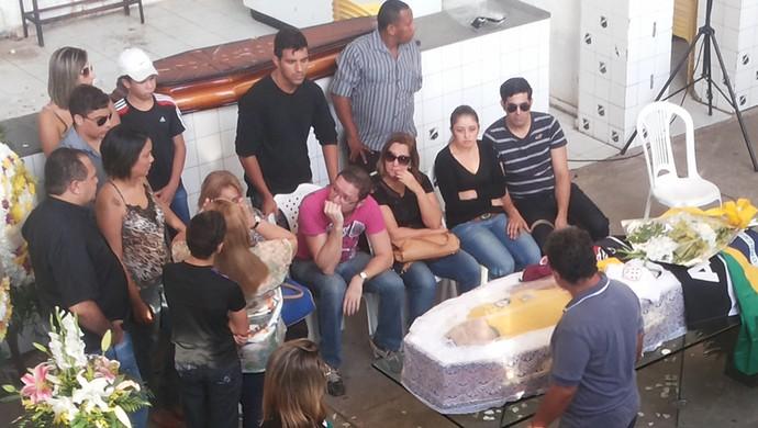 Velório Marinho Chagas (Foto: Jocaff Souza/GloboEsporte.com)