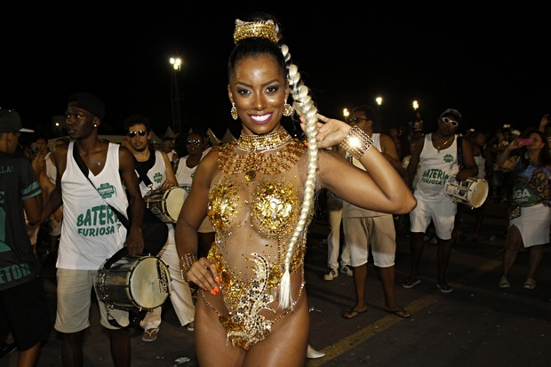 Ivi Pizzot no ensaio técnico do carnaval de SP (Foto: Celso Tavares/EGO)