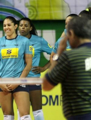 Natália Zé Roberto vôlei (Foto: Alexandre Arruda/CBV)