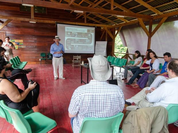 Cientistas de sete países participaram de encontro (Foto: Marina Souza/G1 AM)