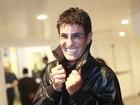 Amin Khader exibe 'milagre capilar' durante aparição em show no Rio