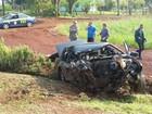 Homem com maconha tenta fugir da PRF, mas bate carro contra caminhão