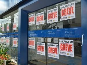 Bancos Sergipe (Foto: Marina Fontenele/G1)