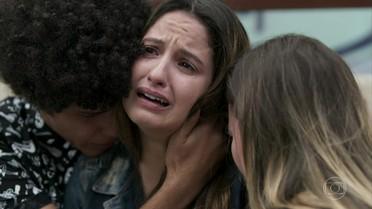 Nanda sofre com a morte de Filipe