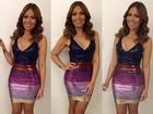 Solange Almeida usa vestido justinho e decotado em show