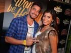 Ex-BBBs Diego e Franciele e mais famosos vão a festa no Rio