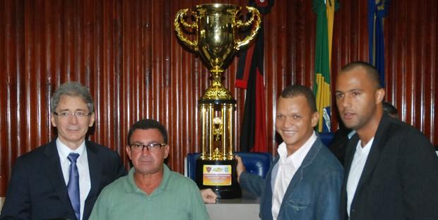 Botafogo-PB é homenageado na Assembleia Legislativa da Paraíba pelo título do Campeonato Paraibano 2013 (Foto: Richardson Gray / Globoesporte.com/pb)
