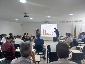 Reunião da CGTEC discutiu situação do Rio Doce (Foto: Zana Ferreira/G1)