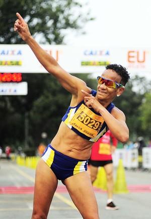 Corrida euatleta Ana Luiza Garcez (Foto: Marcos Ribolli)