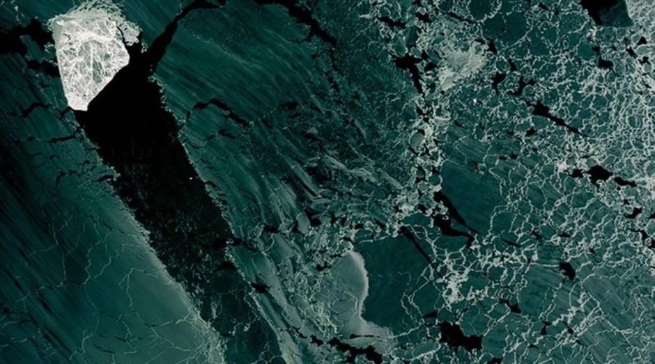 A imagem foi tirada sobre o noroeste do Mar Cáspio, na costa do Cazaquistão (Foto: Reprodução )