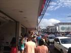 Véspera de Natal tem correria, tumulto e trânsito intenso em Macapá