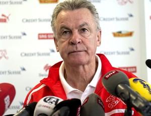 Ottmar Hitzfeld treinador da Suiça (Foto: Agência EFE)
