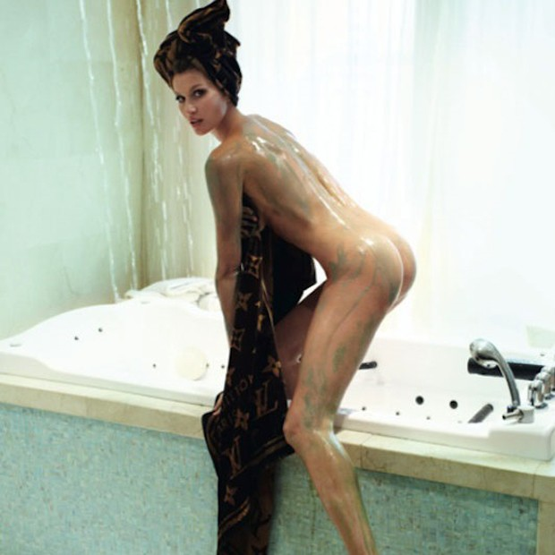 Porn of nude and wet pple havingsex