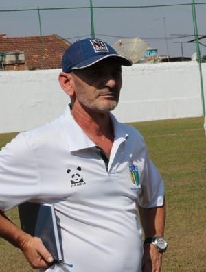 Lucca Bággio, treinador da equipe Júnior do Nacional-MG (Foto: Divulgação/Nacional-MG)