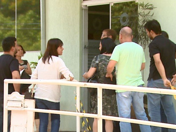 Com liminares, pacientes buscam substância contra o câncer na USP de São Carlos (Foto: Paulo Chiari/ EPTV)