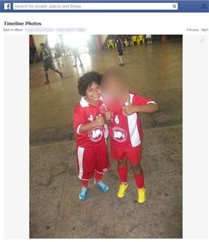Foto do menino Caio, morto após ser baleado em tiroteio no fórum de Bangu, na Zona Oeste do Rio (Foto: Reprodução/ Facebook)