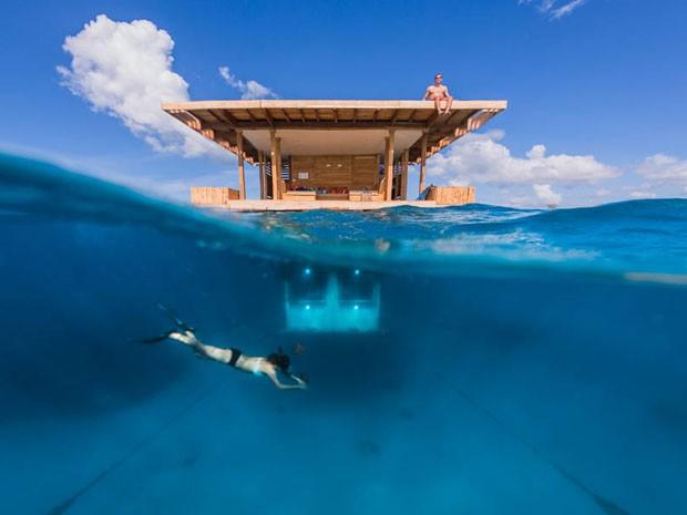 O quarto submarino do Manta Resort,, na Tanzânia (Foto: Jesper Anhede/Genberg Art UW Ltd/Divulgação)