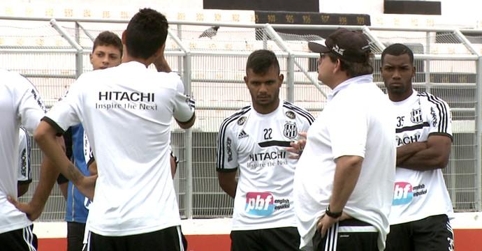 Guto Ferreira, técnico da Ponte Preta (Foto: Carlos Velardi/ EPTV)