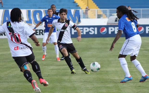Juninho, Cruzeiro x Vasco (Foto: Pakito Varginha / Futura Press)