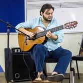 Sinfônica Municipal e Yamandu Costa (Foto: Divulgação)