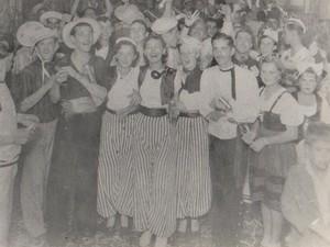 Primeiro baile de carnaval no Grande Hotel, em Goiânia, Goiás, em 1938 (Foto: Divisão de Patrimônio Histórico da Secretaria de Cultura de Goiânia)