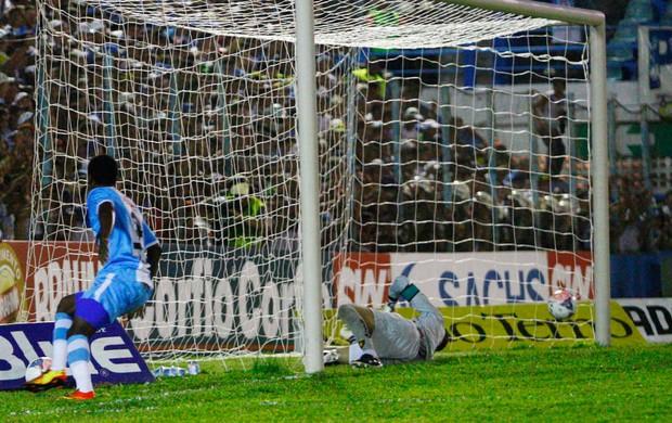 Marcelo nicacio gol Paysandu x Sport (Foto: Thiago Gomes / Futura Press)