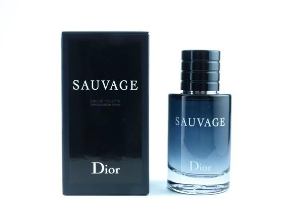 Dior Sauvage Eau de Toilette, amadeirado, 60 ml, R$ 375,00 (Foto: Divulgação)