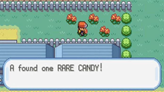 Encontre uma Rare Candy atrás de uma casa em Cerulean (Foto: Reprodução/Youtube)