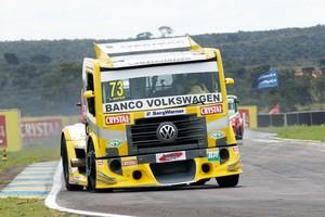 Leandro Totti é o mais rápido no treino qualificatório (Foto: Divulgação/Fórmula Truck)
