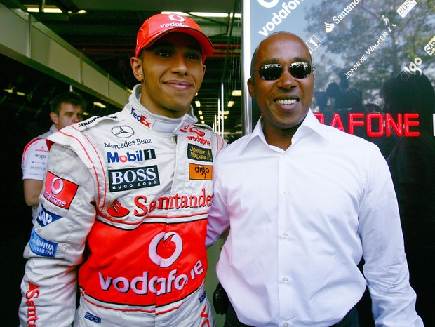 Lewis Hamilton e o pai, Anthony (Foto: getty images)