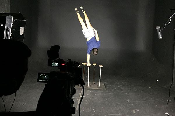 Artistas mostraram seus talentos para a produção do Faustão (Foto: Raul Neto)