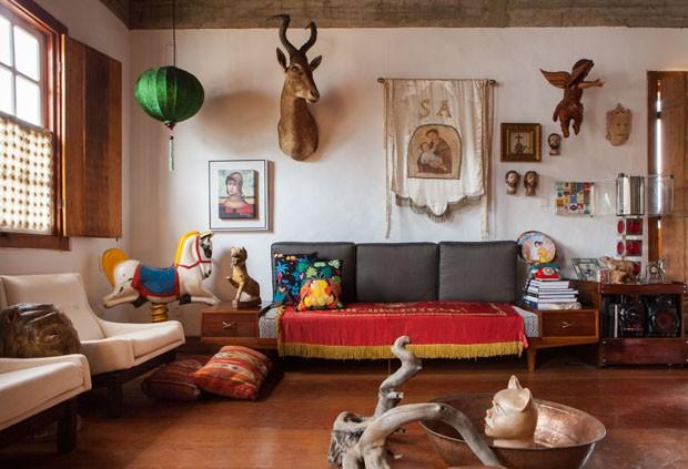Livro reúne registros de Lufe Gomes sobre histórias de casas (Foto: Divulgação)