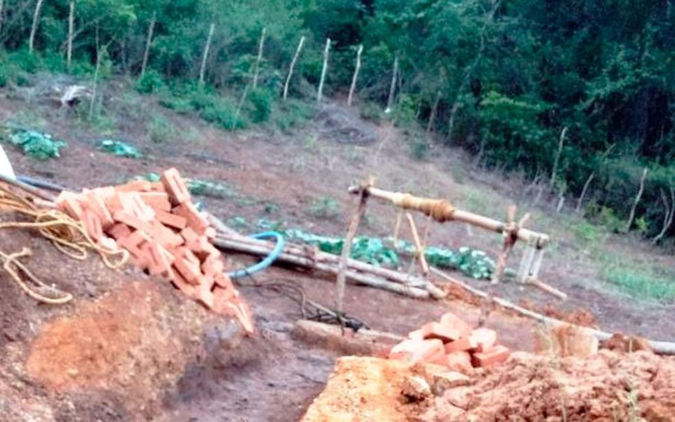 Homens trabalhavam no local quando morreram intoxicados (Foto: Blog Itiruçu Online )