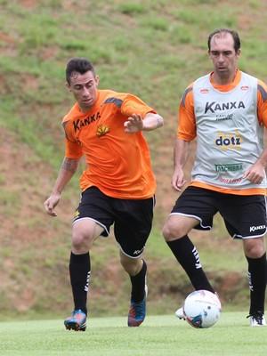 Luizinho Melo Paulo Baier treino Criciúma (Foto: Fernando Ribeiro / Criciúma EC)
