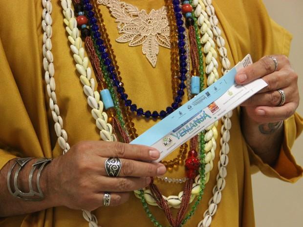Participantes receberão pulseiras pra livre acesso  (Foto: Suelen Gonçalves/ G1 AM)