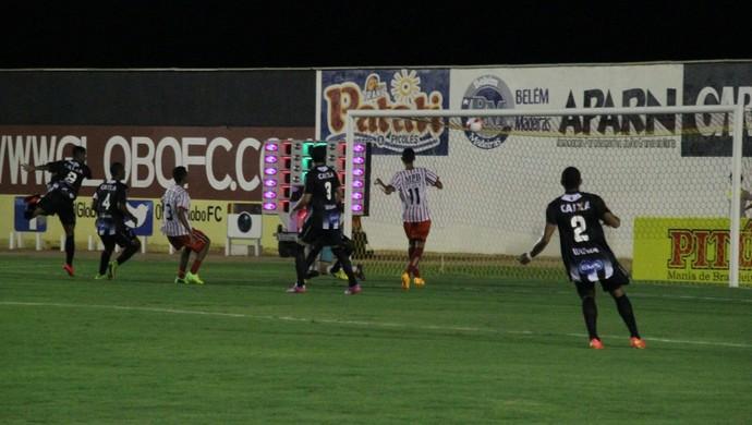 Kayke marca o gol do ABC de cabeça - ABC x Força e Luz (Foto: Fabiano de Oliveira)