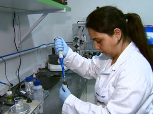 Pesquisadores acreditam que sensor vai baratear exames em São Carlos (Foto: Reprodução/EPTV)