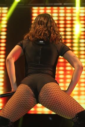 Anitta em show em São Paulo (Foto: Amauri Nehn/ Brazil News)
