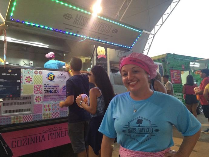 Janaína Kochem, uma das proprietárias da foodtruck Miss Boteco (Foto: Aline Cornely / Gshow)