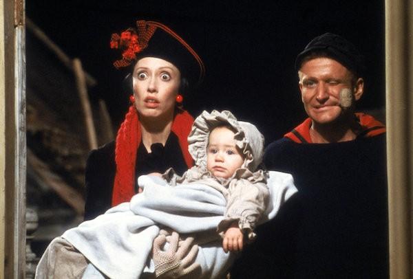 A atriz Shelley Duvall com Robin Williams em cena de 'Popeye' (1980) (Foto: Reprodução)