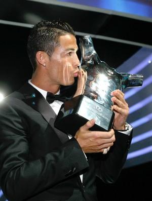 cristiano ronaldo real madrid melhor da uefa (Foto: AP)