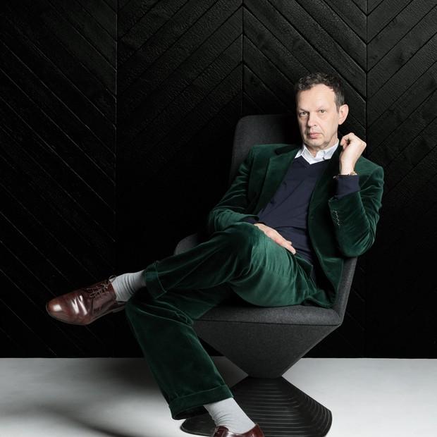 Tom Dixon - renomado designer inglês chega ao Brasil para lançar coleção (Foto: Divulgação)