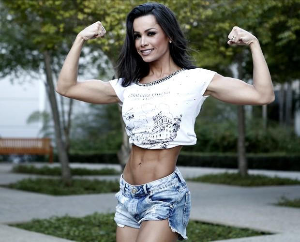 Fernanda D'avila mostra como está mais musculosa depois da preparação (Foto: Inácio Moraes / Gshow)
