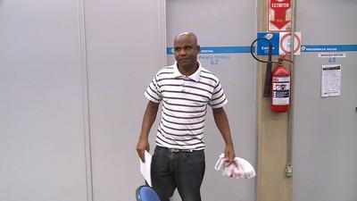 Moyses não consegue trabalhar após o câncer e diz precisar de auxílio-doença (Foto: Reprodução: TV Globo)
