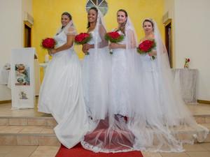 Casamento quatro irmãos Torres RS (Foto: Alice Cardoso e Lívia Brocca/Divulgação)